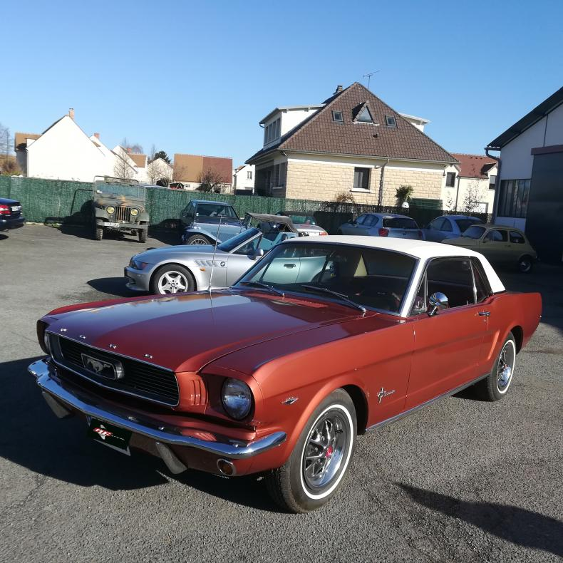 ford_mustang_28000_1966_amberglow.jpg